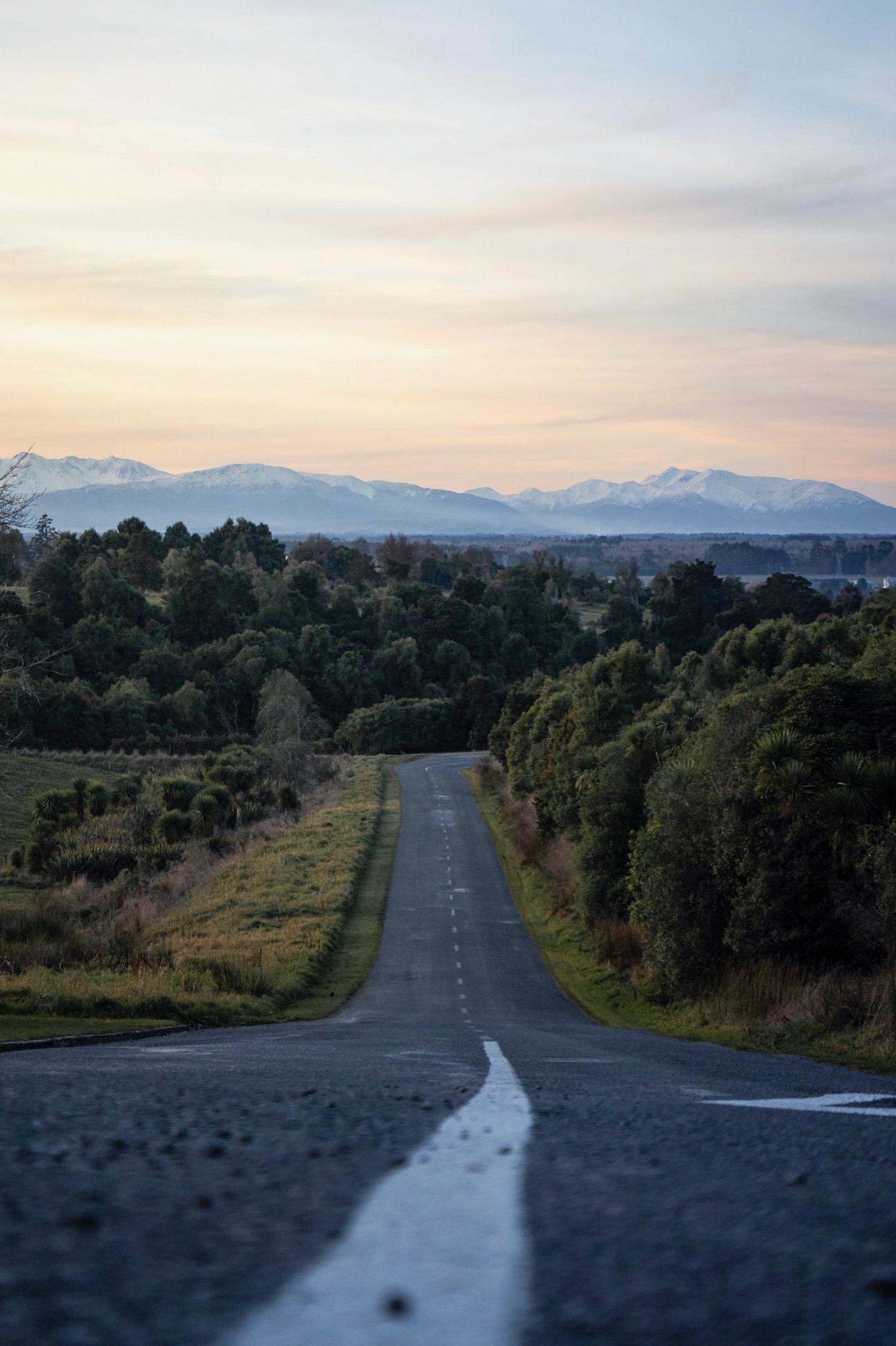 Tripp St, Geraldine towards Mt Hutt